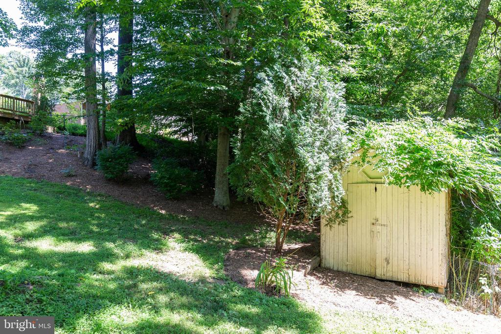 Great to have a shed for more storage - 5119 LAVERY CT, FAIRFAX