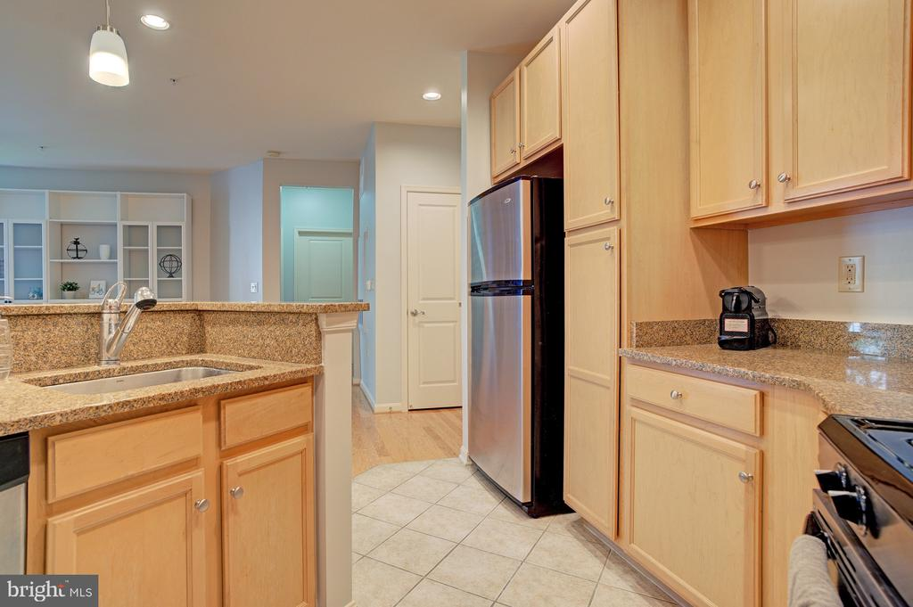 See 3D tour - 2665 PROSPERITY AVE #232, FAIRFAX