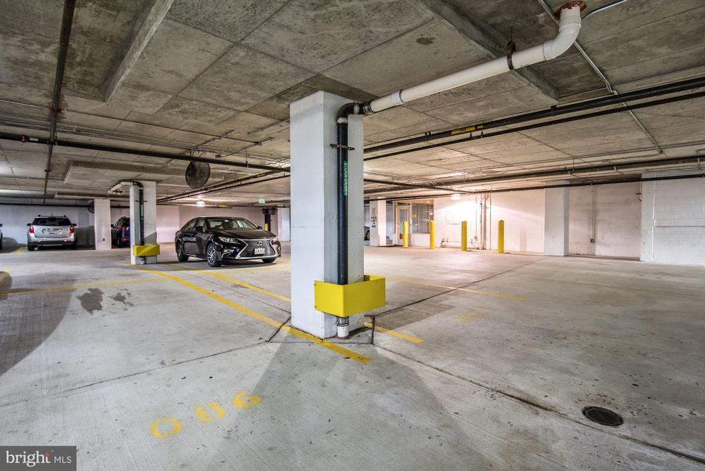 Garage Parking - 38 MARYLAND AVE #PH613, ROCKVILLE