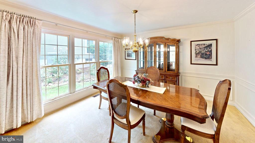 Formal dining room - 13519 MOSS GLEN RD, CLIFTON