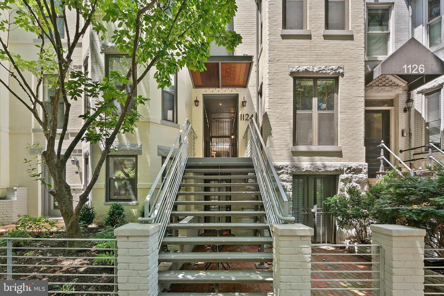 Single Family for Sale at 1124 25th St NW #t-5 Washington, District Of Columbia 20037 United States