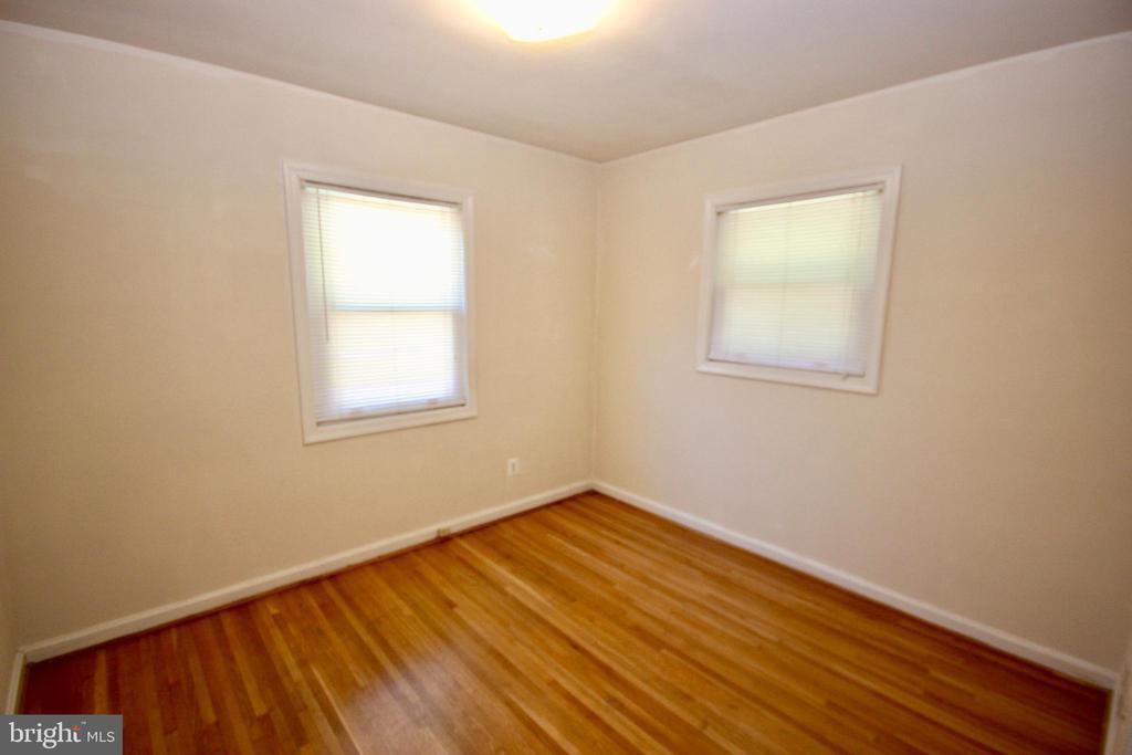 Bedroom 1 of 3. - 4808 20TH PL N, ARLINGTON