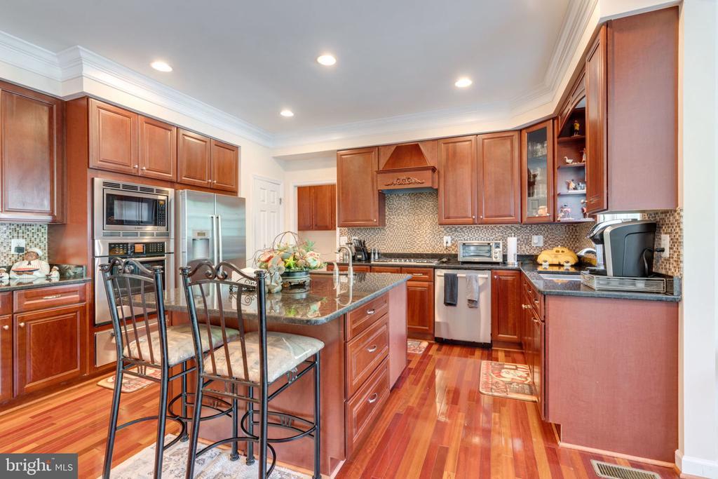 Kitchen 1 - 5432 QUAINT DR, WOODBRIDGE