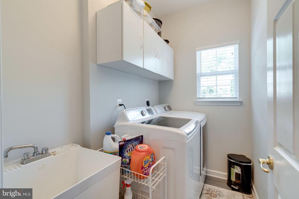 Laundry Room - 5432 QUAINT DR, WOODBRIDGE