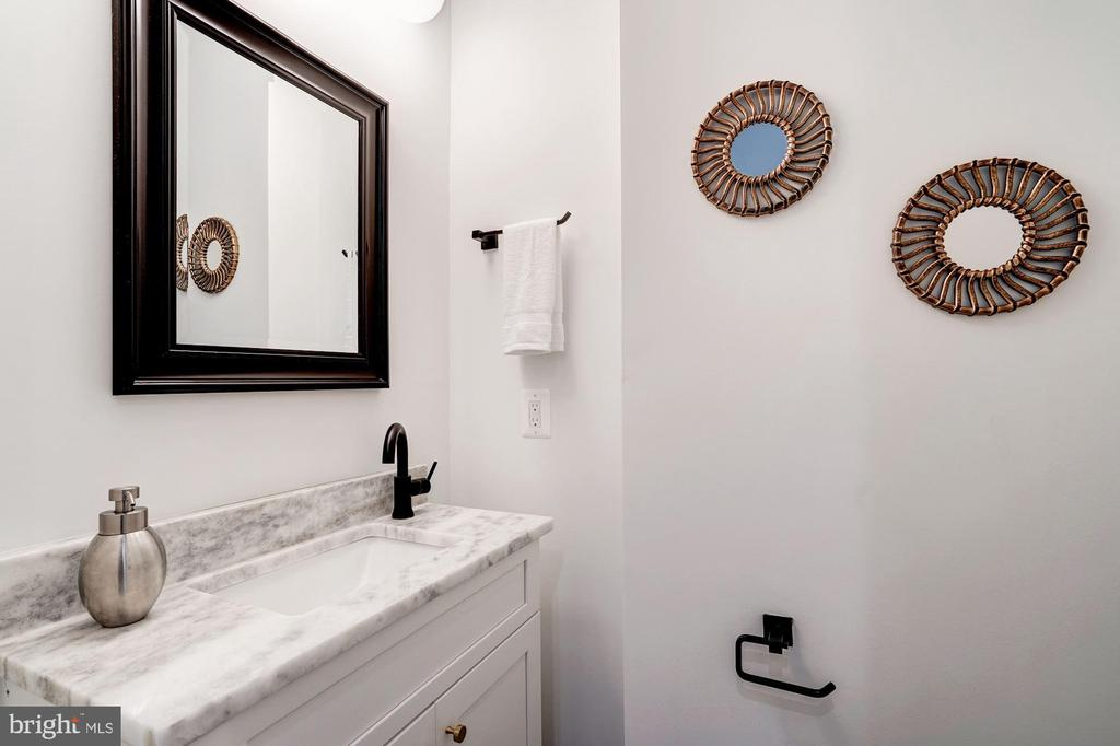 Half Bath - 410 K ST NE, WASHINGTON