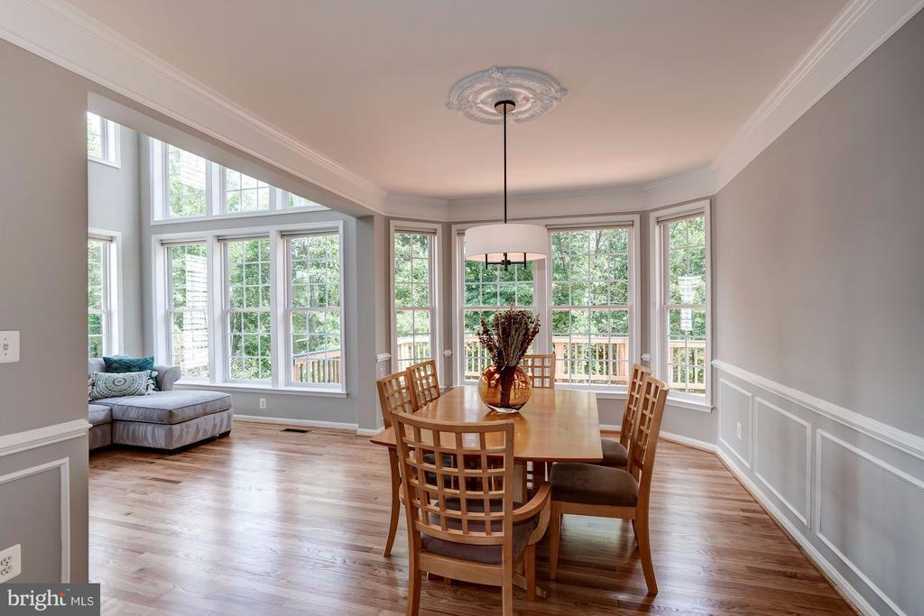 Bay Window with View of Trees - 22022 SUNSTONE CT, BROADLANDS