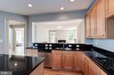 Granite Countertops - 22022 SUNSTONE CT, BROADLANDS