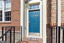 Insulated front door with transom - 21935 WINDY OAKS SQ, BROADLANDS