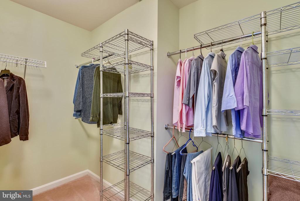 Walk-in closet with custom shelving - 21935 WINDY OAKS SQ, BROADLANDS