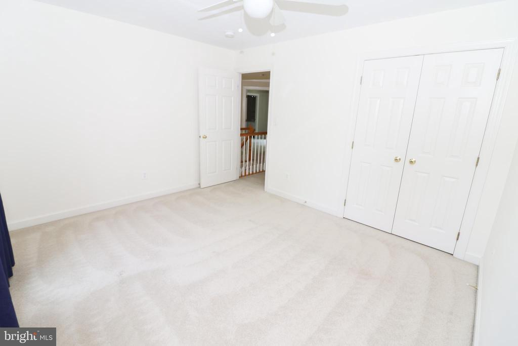 Bedroom 3 - 43350 SNEAD LN, SOUTH RIDING