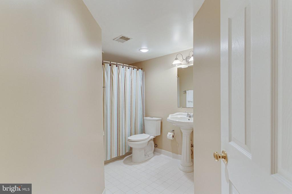 Lower Level Full Bath for Guests - 2625 AMANDA CT, VIENNA