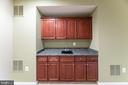 Rec room with wet bar - 23068 PECOS LN, BRAMBLETON