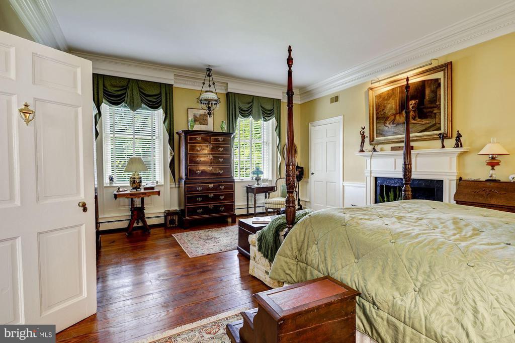 Bedroom 2 - 13032 HIGHLAND RD, HIGHLAND