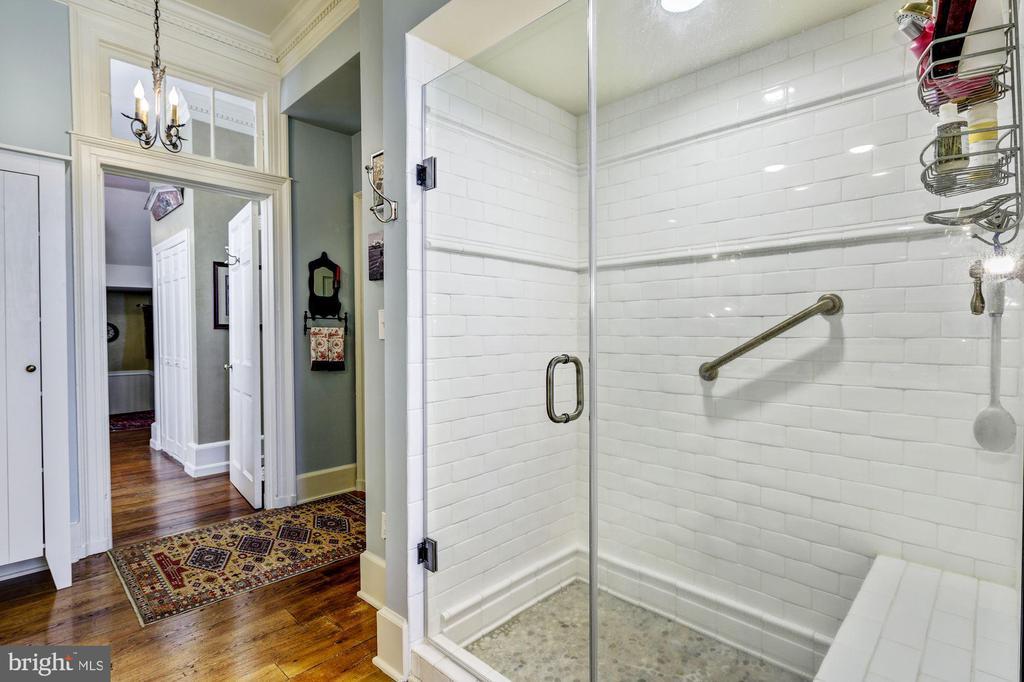 Master Bathroom - 13032 HIGHLAND RD, HIGHLAND