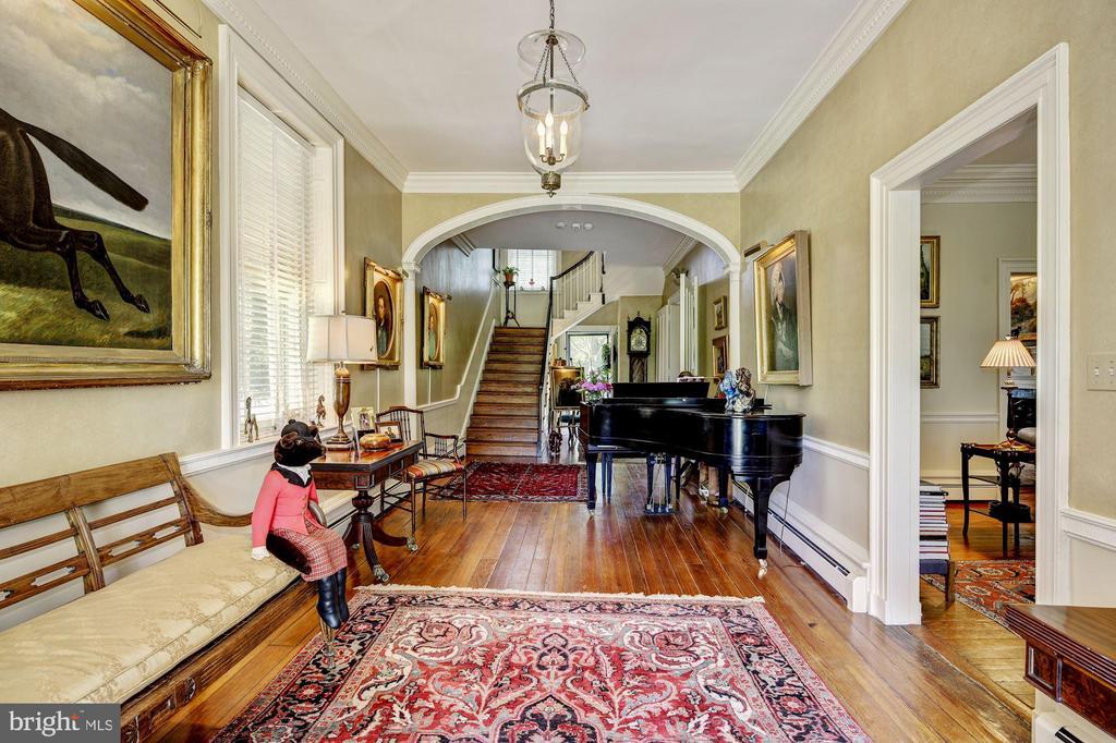 Reception Foyer - 13032 HIGHLAND RD, HIGHLAND