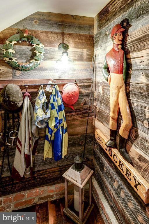 Entrance to Jockey Club Pub - 13032 HIGHLAND RD, HIGHLAND