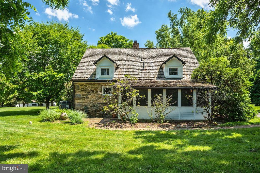 Cottage Rear - 13032 HIGHLAND RD, HIGHLAND