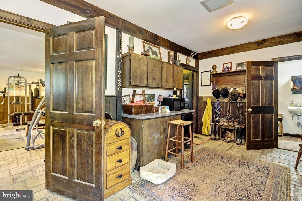 Interior - Tack Room - 13032 HIGHLAND RD, HIGHLAND