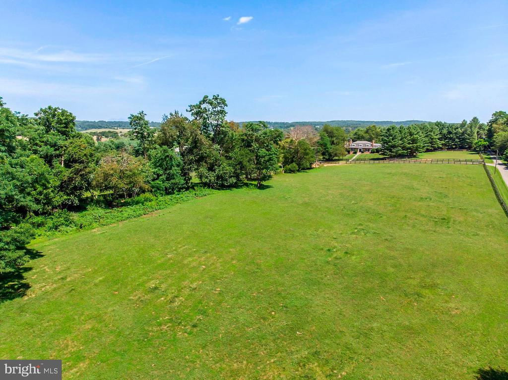 Lush, Green Pastures - 15012 CLOVER HILL RD, WATERFORD