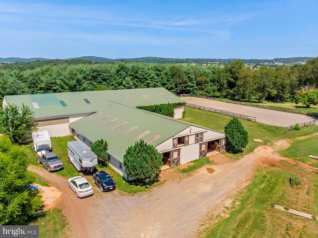Side view of Barn and Outdoor Arena - 15012 CLOVER HILL RD, WATERFORD