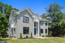 - 2902 LINDEN LN, FALLS CHURCH