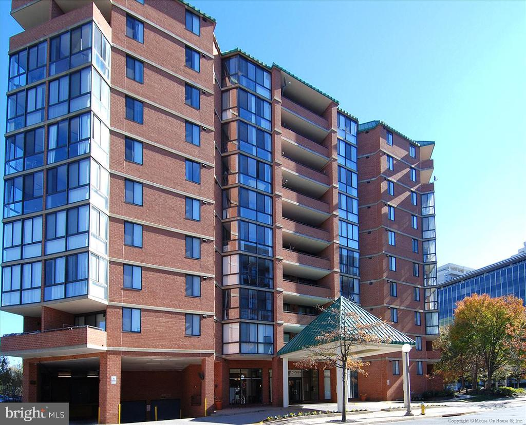 1001 N. Randolph #107 - A Great Place to Call Home - 1001 N RANDOLPH ST #107, ARLINGTON