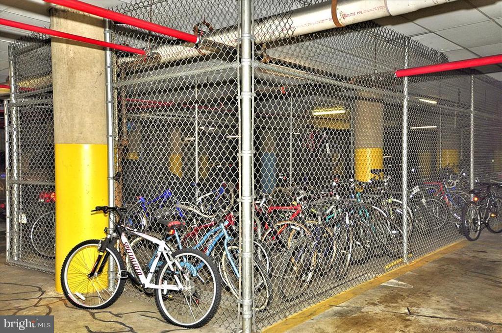 Bicycle Storage - 1001 N RANDOLPH ST #107, ARLINGTON