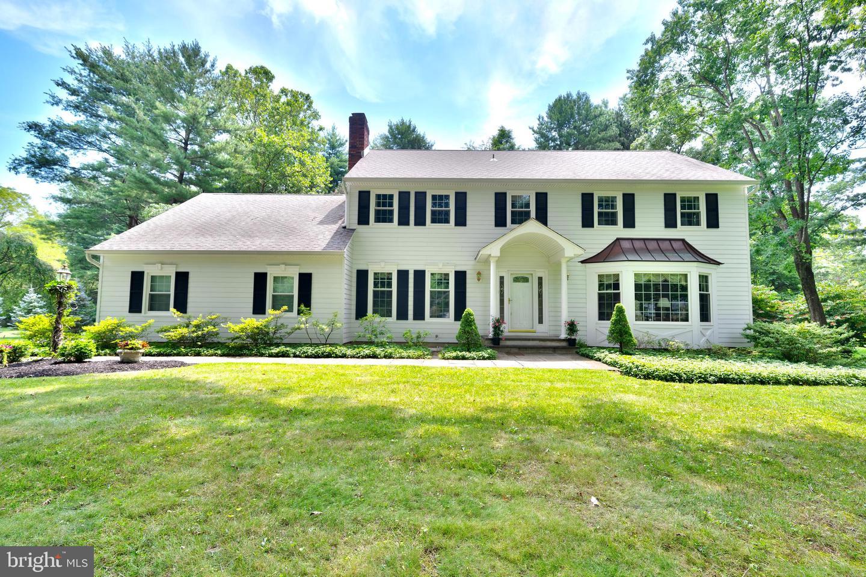 Single Family Homes für Verkauf beim Princeton Junction, New Jersey 08550 Vereinigte Staaten