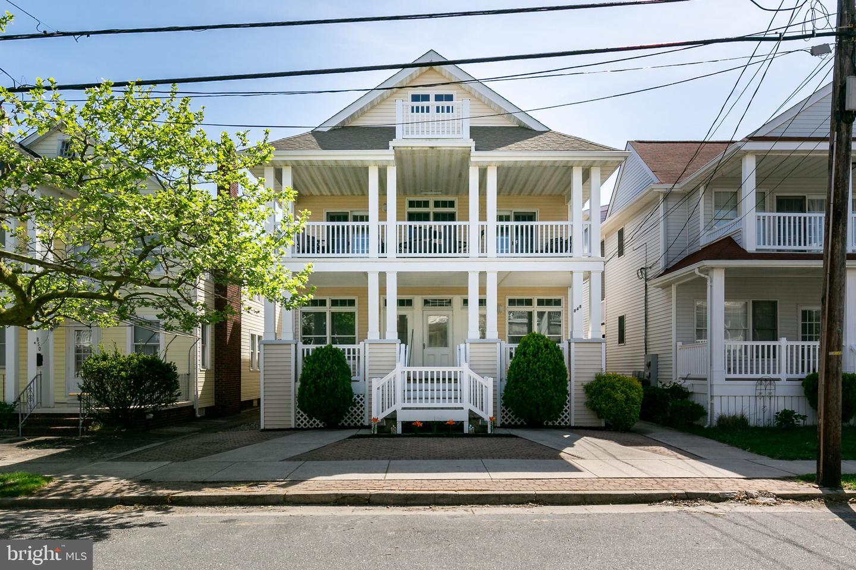 Single Family Homes pour l Vente à Ocean City, New Jersey 08226 États-Unis