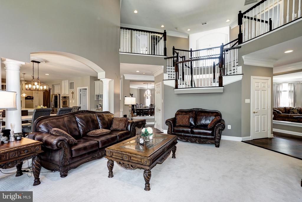 2nd living room - 2924 FOX MILL MANOR DR, OAKTON