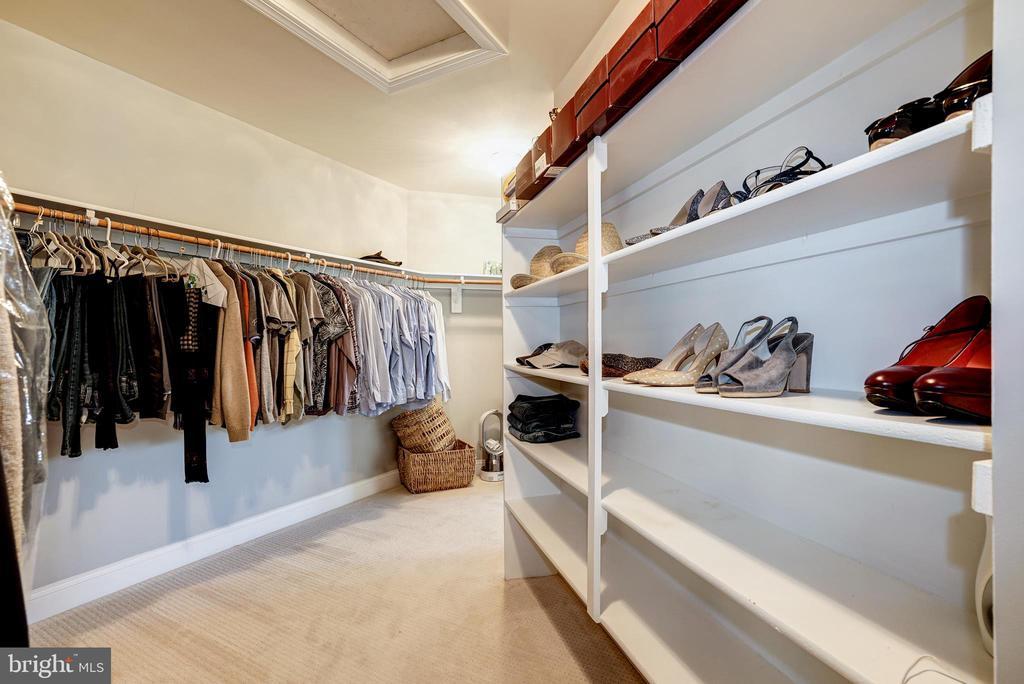 Master bedroom closet - 2924 FOX MILL MANOR DR, OAKTON