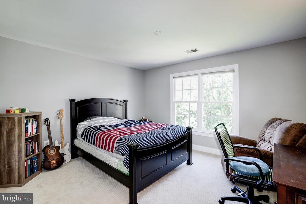 Bedroom 3 - 2924 FOX MILL MANOR DR, OAKTON