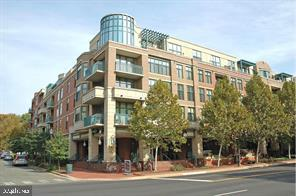502 W BROAD STREET 401, FALLS CHURCH, Virginia