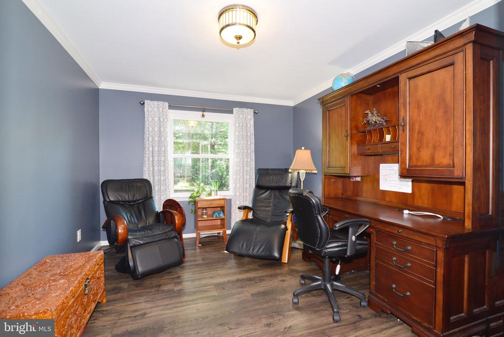 Private Home Office - 3229 AUTUMN HILL CT, HERNDON