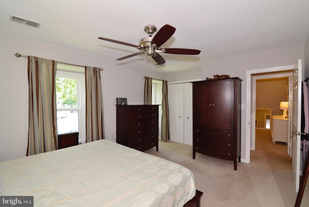 Master BedroomCloset - 3229 AUTUMN HILL CT, HERNDON