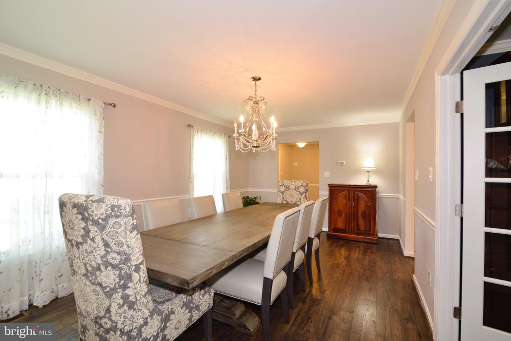 Spacious Dining Room - 3229 AUTUMN HILL CT, HERNDON