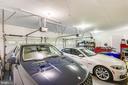 Large 3 Car Garage - 19209 AUTUMN MAPLE LN, GAITHERSBURG