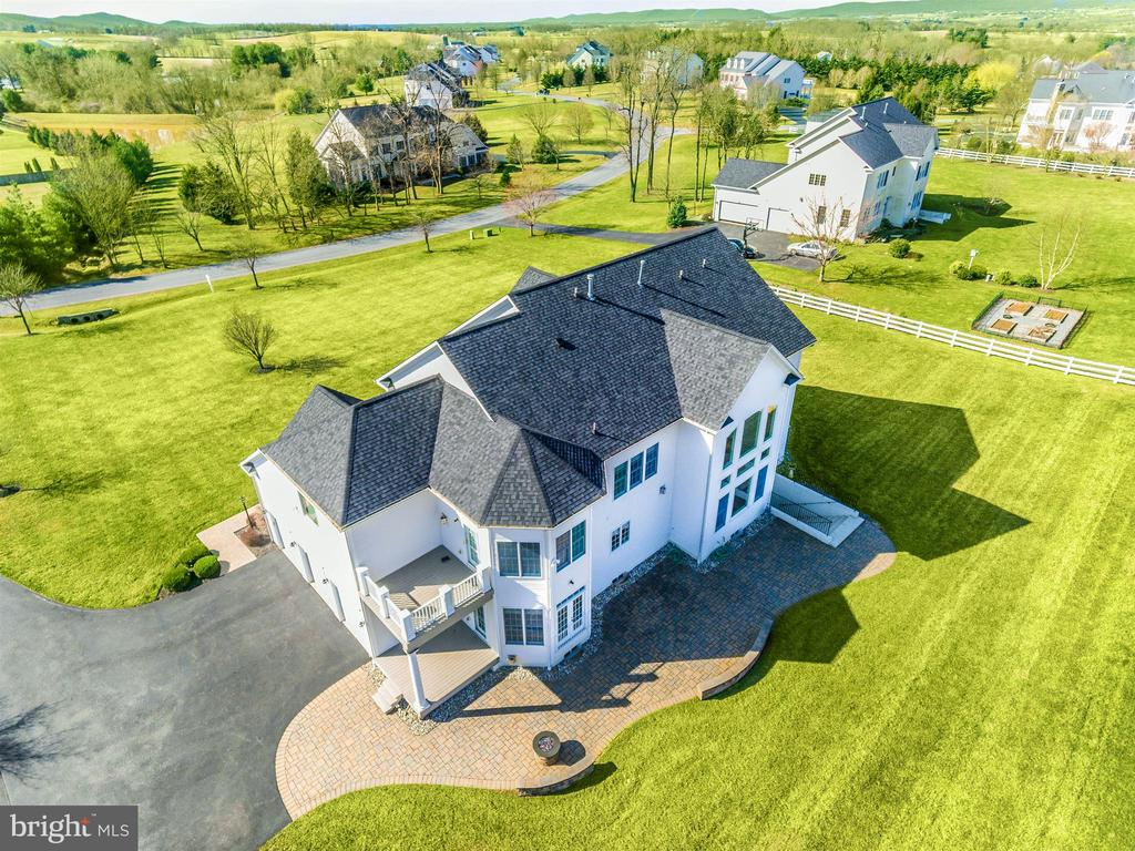 Birds eye look at your brand new roof! - 6902 SOUTHRIDGE PL, MIDDLETOWN