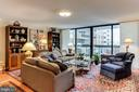 Living Room - Sliding Doors to Large Balcony - 3800 FAIRFAX DR #111, ARLINGTON