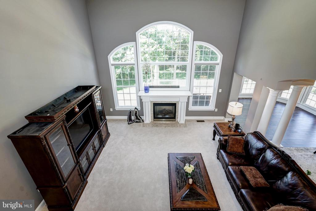 Upstairs to downstairs - 2924 FOX MILL MANOR DR, OAKTON
