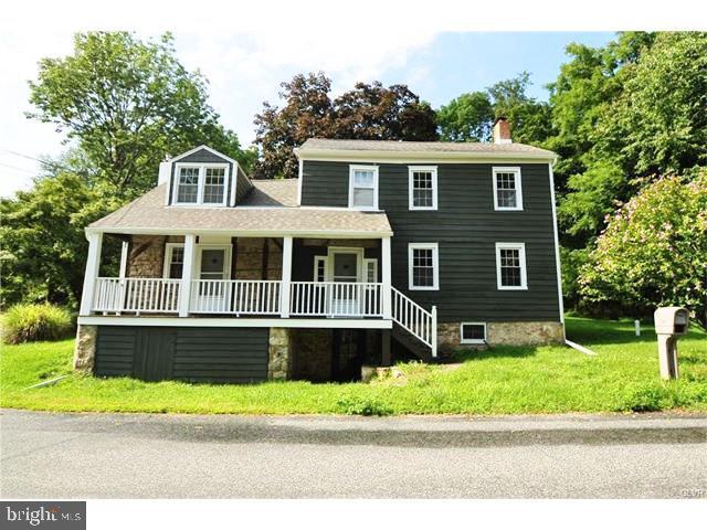 Single Family Homes للـ Sale في Glen Gardner, New Jersey 08826 United States