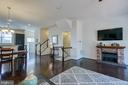 Light and bright! - 225 COBBLE STONE DR, WINCHESTER