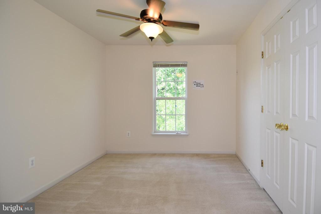 Bedroom 4 - 15004 LUTZ CT, WOODBRIDGE