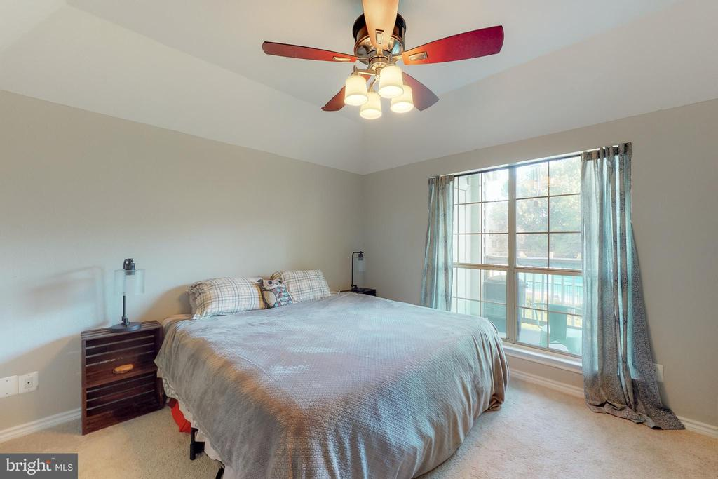 Master bedroom - 3903 PENDERVIEW DR #1526, FAIRFAX