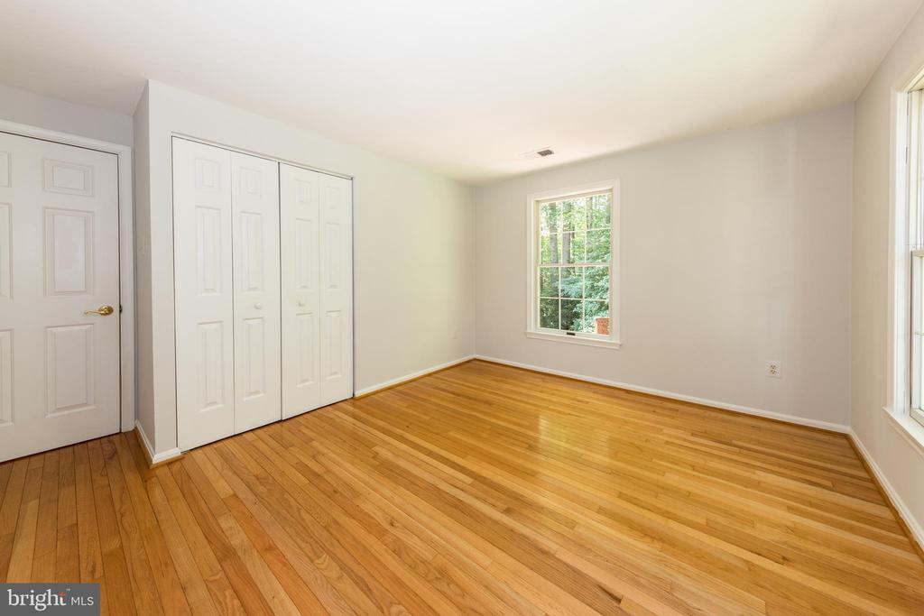 Bedroom #3 - 7100 LAKETREE DR, FAIRFAX STATION