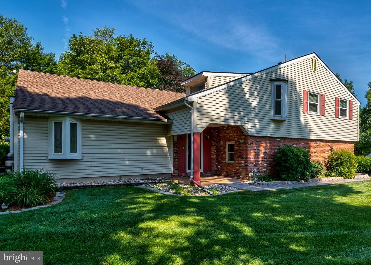 Single Family Homes للـ Sale في Holland, Pennsylvania 18966 United States