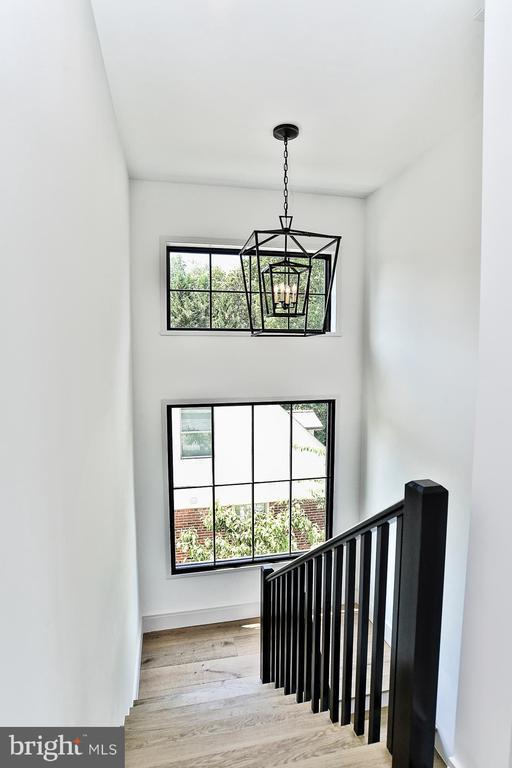 Stairway to Upper Level - 7014 31ST ST NW, WASHINGTON