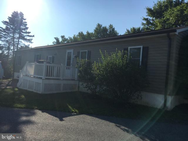 - 7819 E HILL RD, MOUNT AIRY