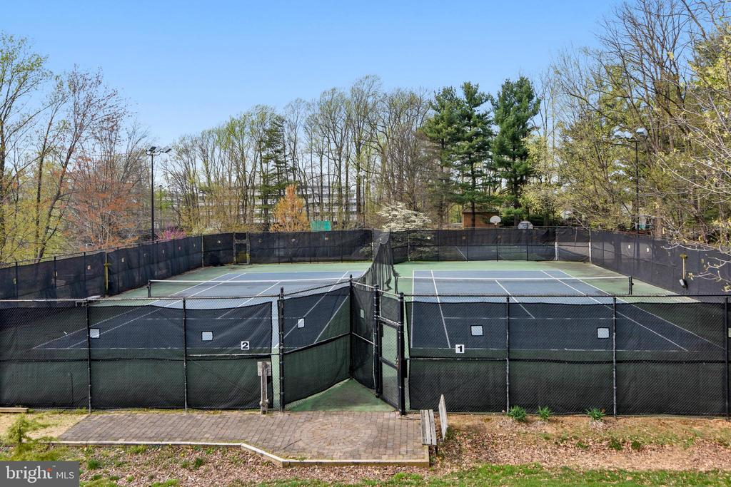 Lit Tennis & Basket Ball Courts behind this Bldg. - 8380 GREENSBORO DR #721, MCLEAN