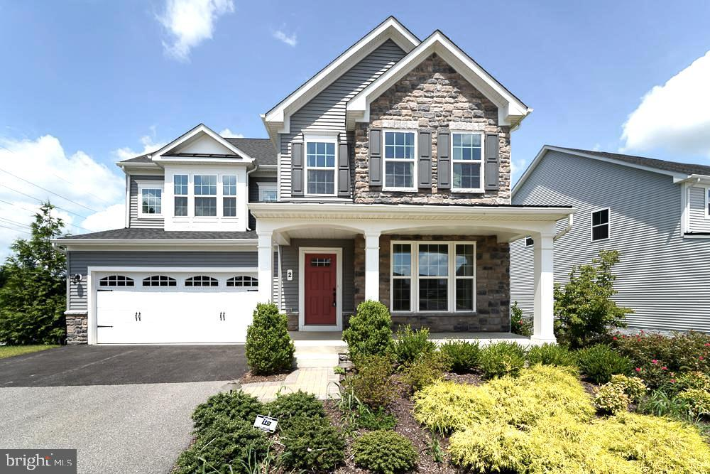 Front - 2 GAVER WAY, MIDDLETOWN